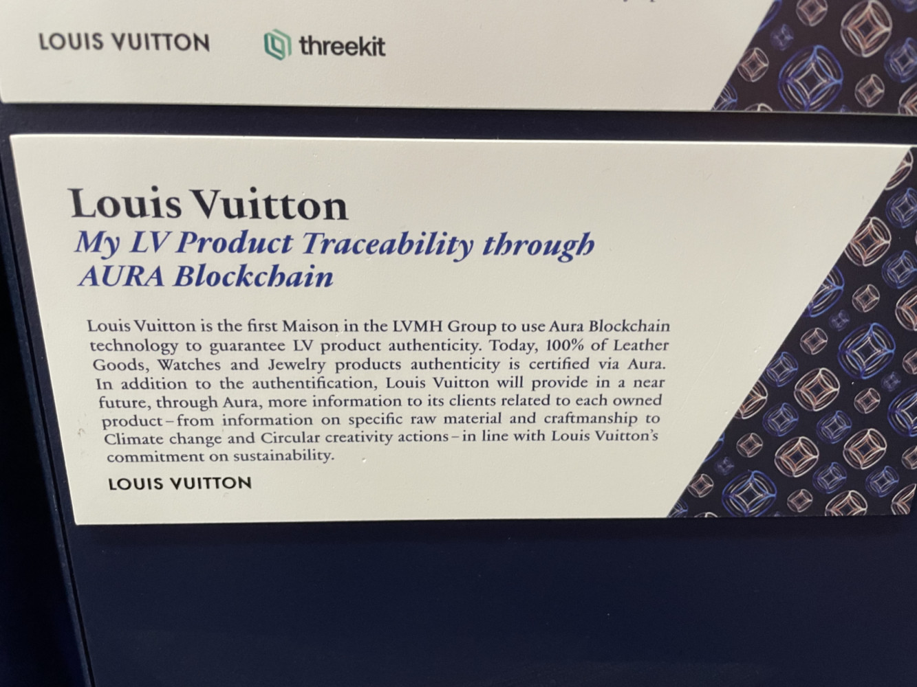 Louis Vuitton on LVMH stand - Vivatech 2021- tracability, blockchain, RFID- Lab Luxury and Retail